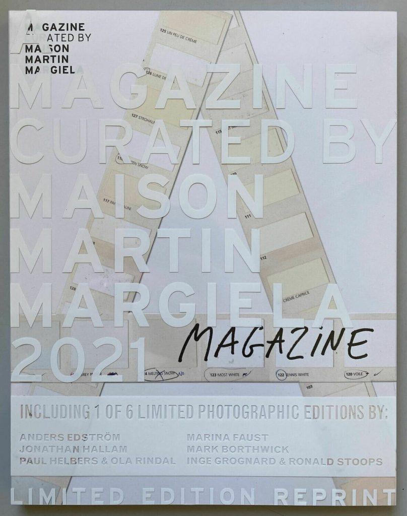 Libro A Magazine Curated por Maison Martin Margiela, edición 2021